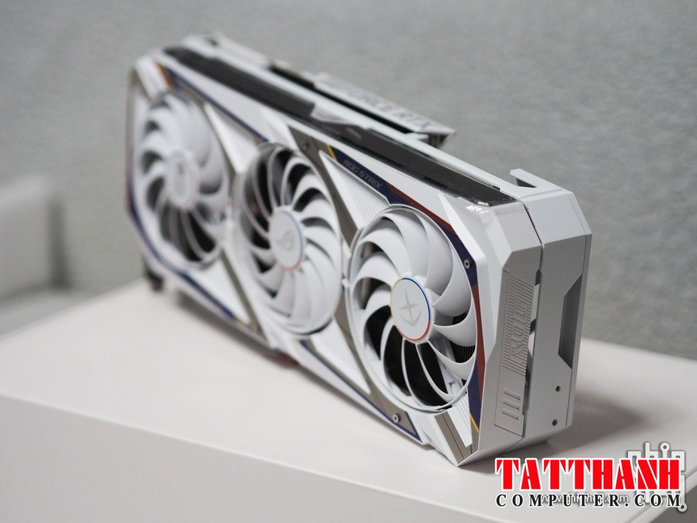ASUS GeForce RTX 3090 ROG STRIX GUNDAM Graphics Card 16